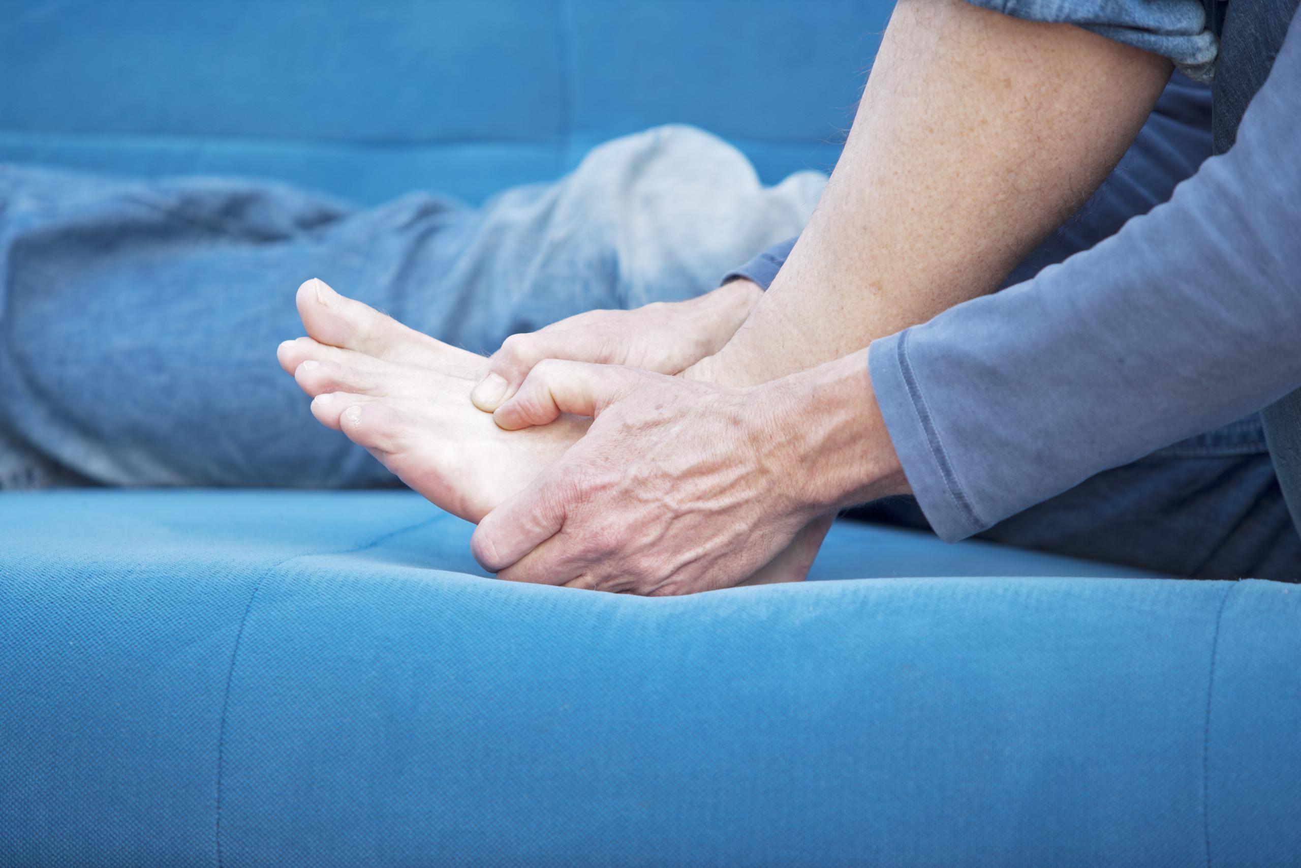how to handle heel pain