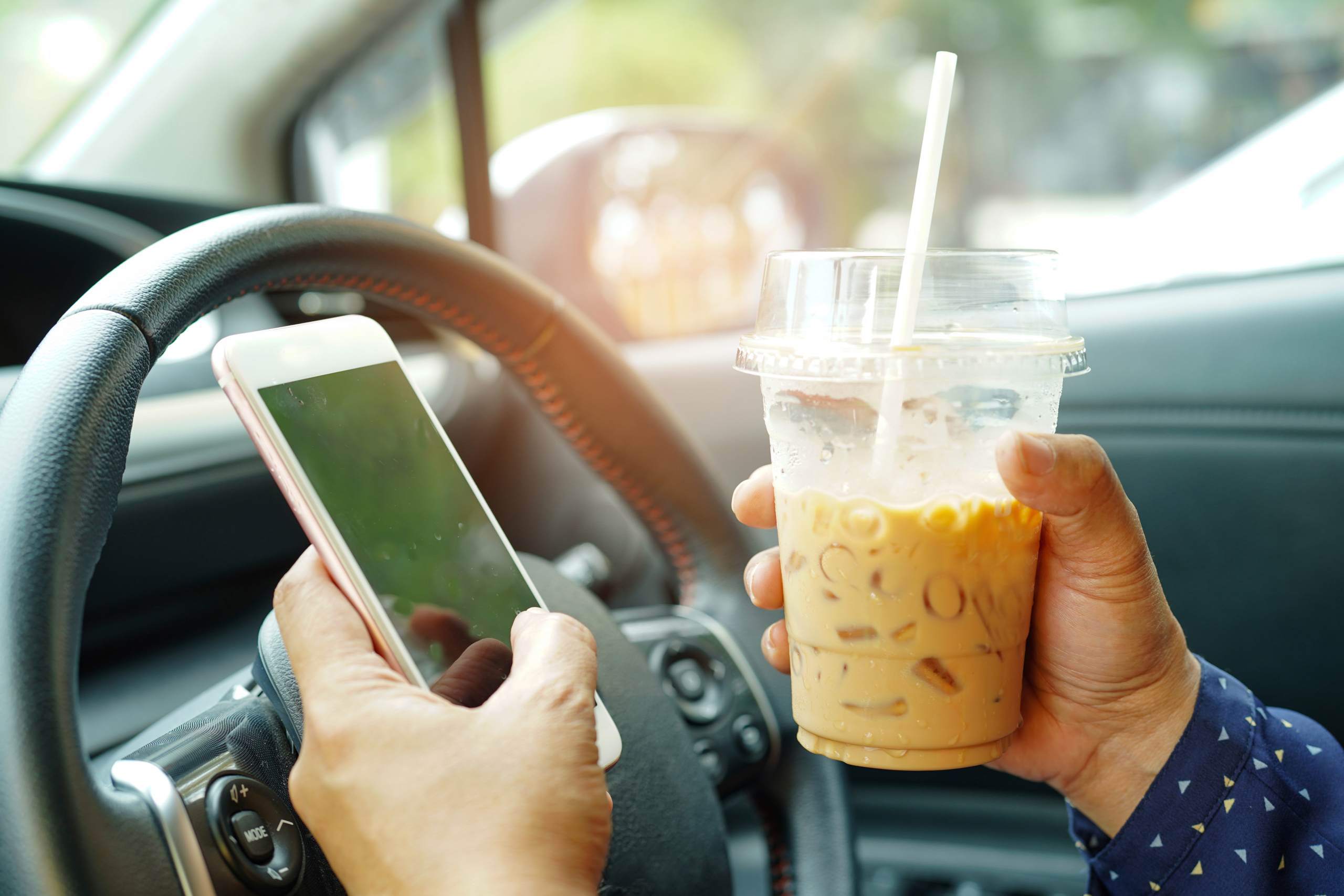 distracted-driving-month
